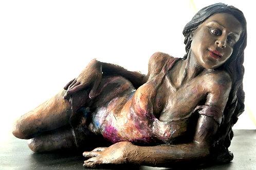Femme allongée, 30 x 90 x 30 cm