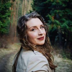Claire Robertson