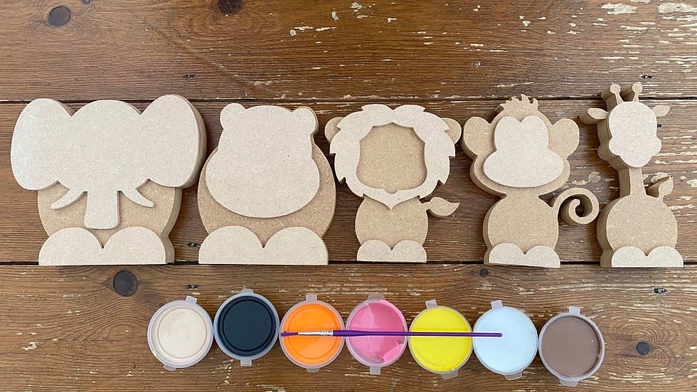 Set of 5 wooden jungle animals and paint kit