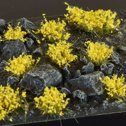 Gamers Grass: Yellow Flowers Wild Shrubs