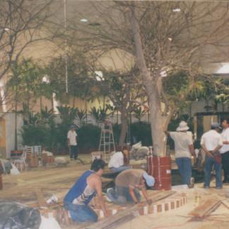 Montaje de la X Exposición Internacional de Orquideas del Ecuador - 2004.