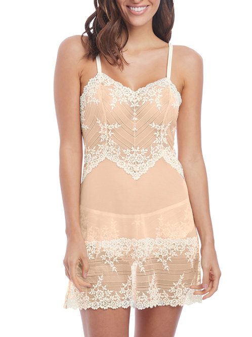 Embrace Lace Chemise -Naturally Nude/Ivory