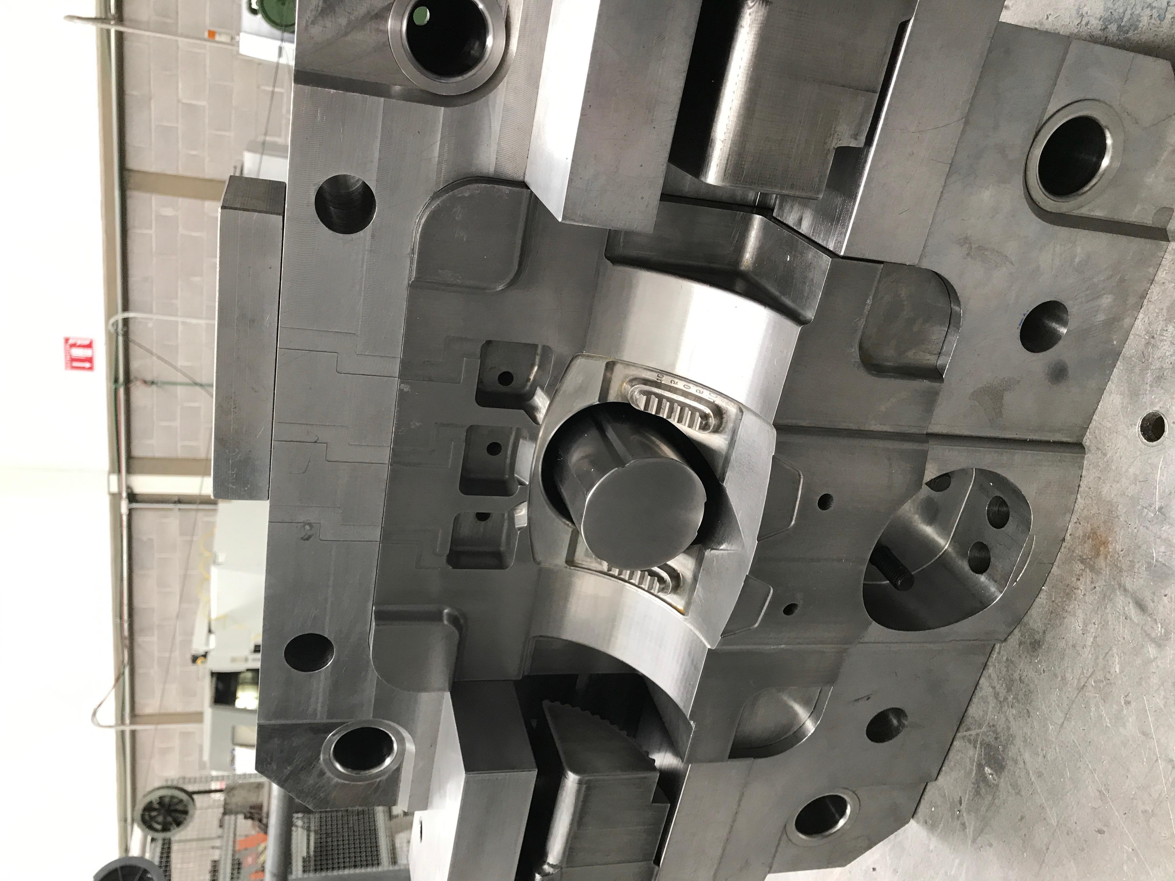 Molde die casting 160T