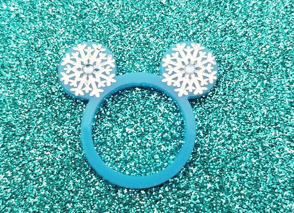 Snowflake M Ears ring
