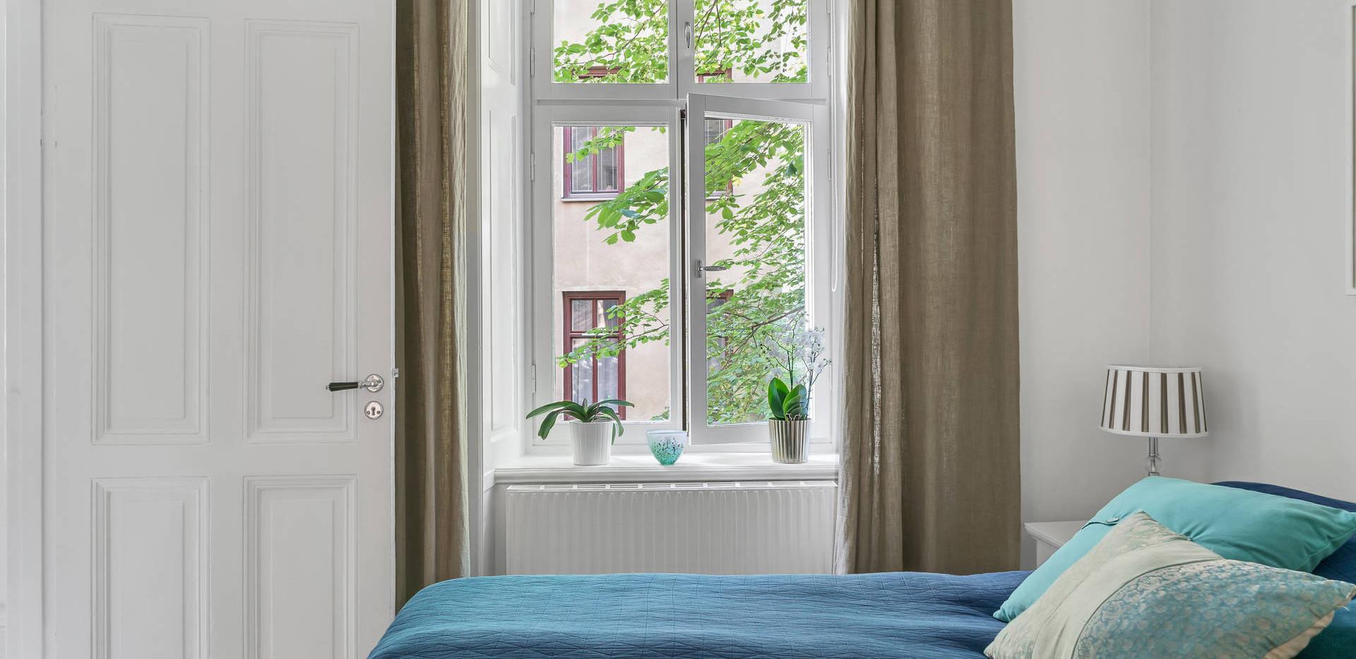 Valhallavagen 116 Bedroom window .jpg