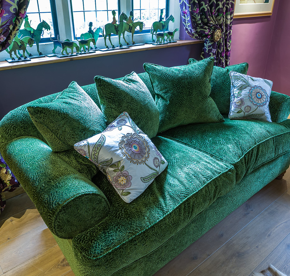 Cotswold Retreat | Bespoke Upholstery.jp