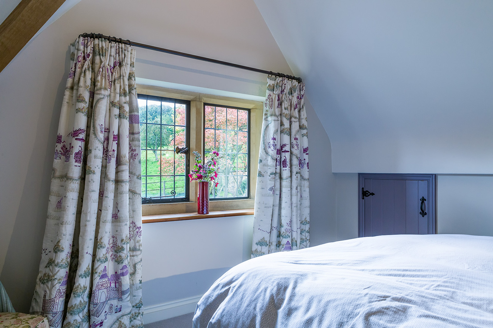 Cotswold Retreat | Nina Campbell bespoke