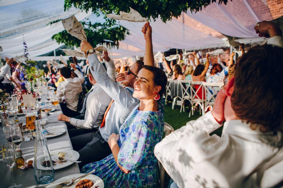 The Sing Along Waiters in Full Swing