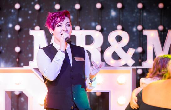 Elite Singing Waiters 8