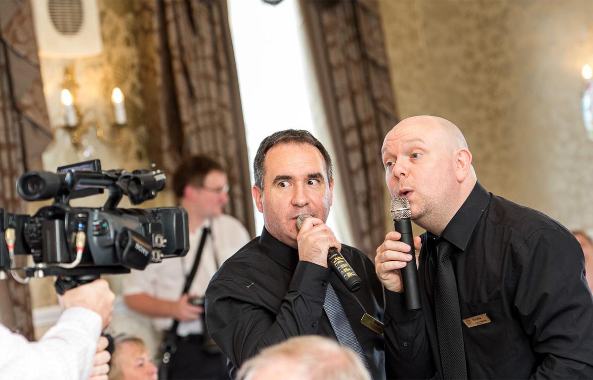 The Sing Along Waiters Helllooo