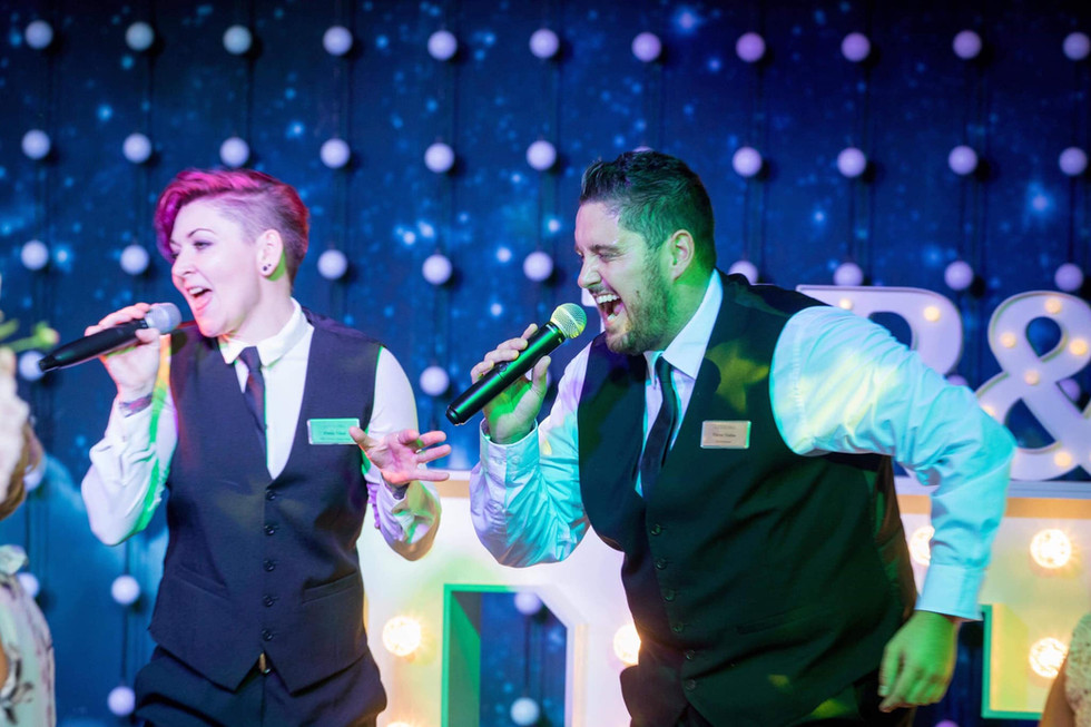 Elite Singing Waiters 11