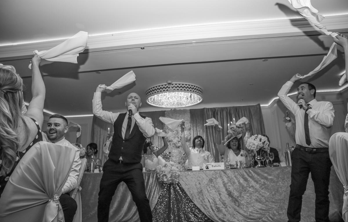 The Sing Along Waiters Big Swingers