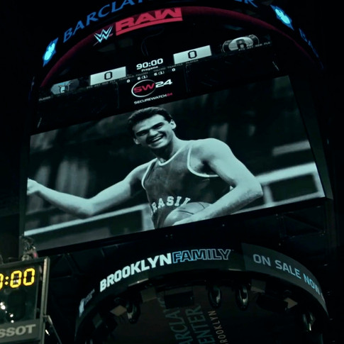Homenagem do Brooklyn Nets no telão da Arena