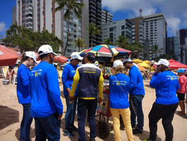 Vigilância Sanitária realiza inspeção de alimentos em praias do Recife