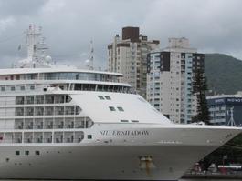 Passageiros são autorizados a desembarcar de cruzeiro no Recife