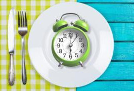Por que o jejum intermitente é tão popular para perder peso?