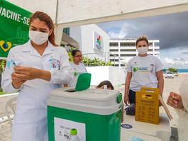 Caruaru realiza vacinação drive thru contra gripe, nesta sexta-feira (22)