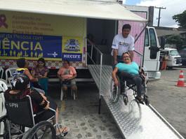Mamógrafo com rampa de acessibilidade circulará pelo Recife