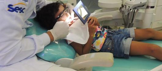 OdontoSesc, unidade móvel de tratamento bucal, aporta no Shopping Guararapes