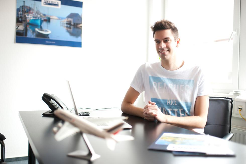 Timo Kohlenberg im Büro