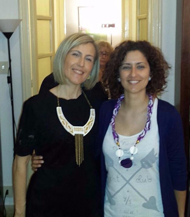 Il presidente di Korai l'arch. Susanna Gristina e Loredana D'Ambra la designer di bijoux Korai x Kente by Ibekana Design