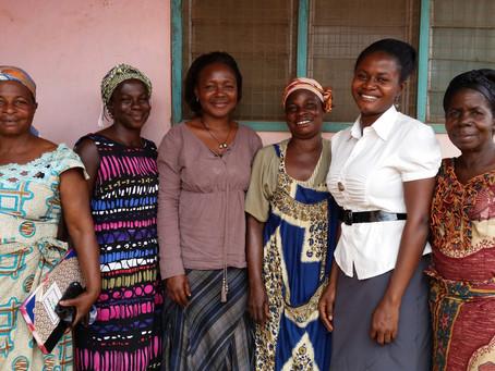 Korai x Kente e Yendaakyee: la moda a sostegno delle donne