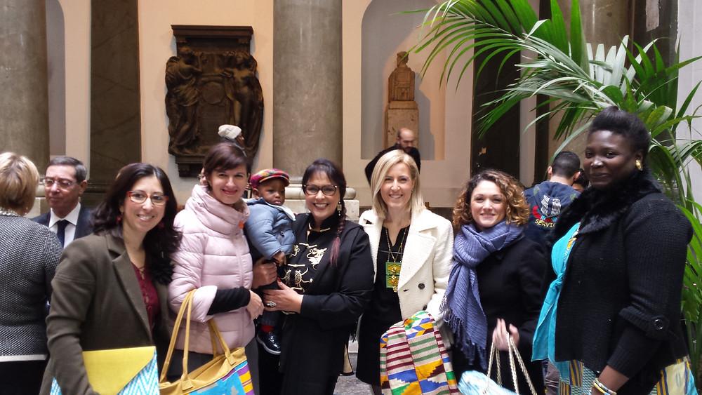 Le donne di Kòrai con la Consigliera Rita Vinci