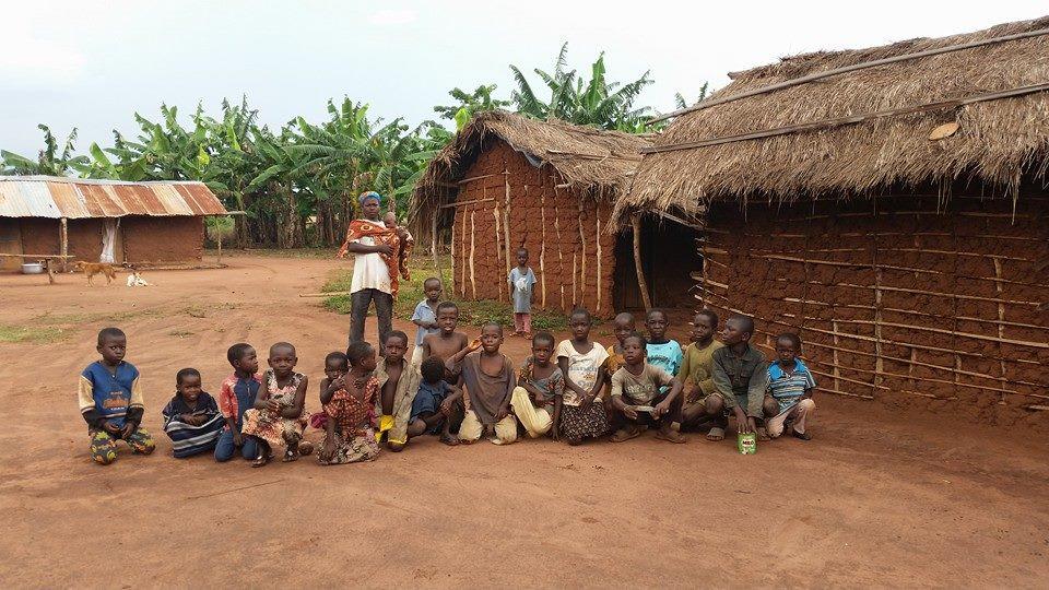 Il villaggio di Mpantuase, Ghana.