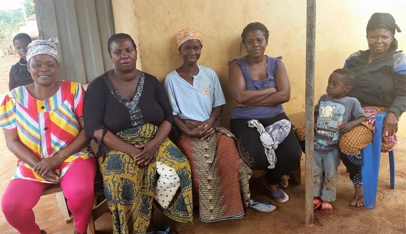 Gruppo n.1 del programma di micro credito Yendaakye