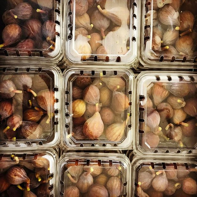 Figs for _farmhousedelivery #figstagram #fertilitydiet #deliveryday
