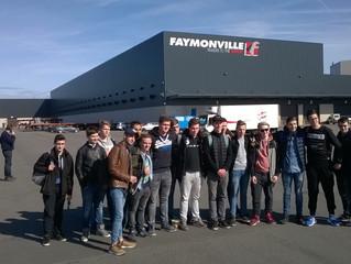 Mechanikabteilung besucht das Werk der Firma Faymonville