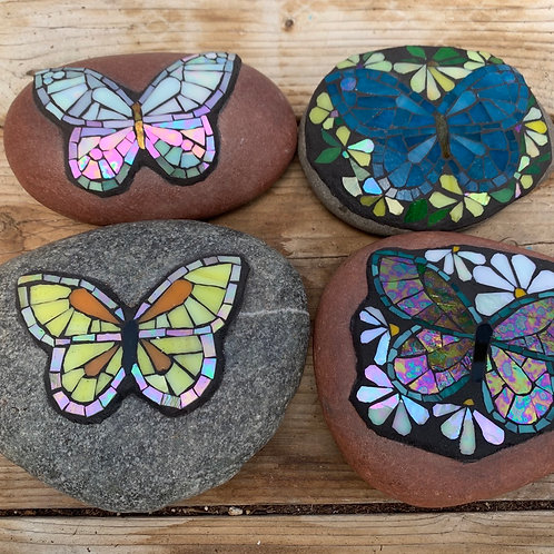 Garden Art - Small Stones with butterflies