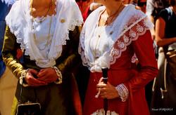 Arles  la fête du costume