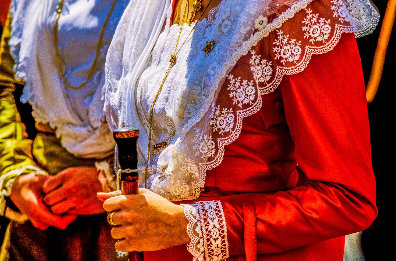 Arles - Fête des gardians  - Arlésiennes