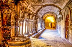 Arles_-_Saint_Trophime_-_Cloître_intérie