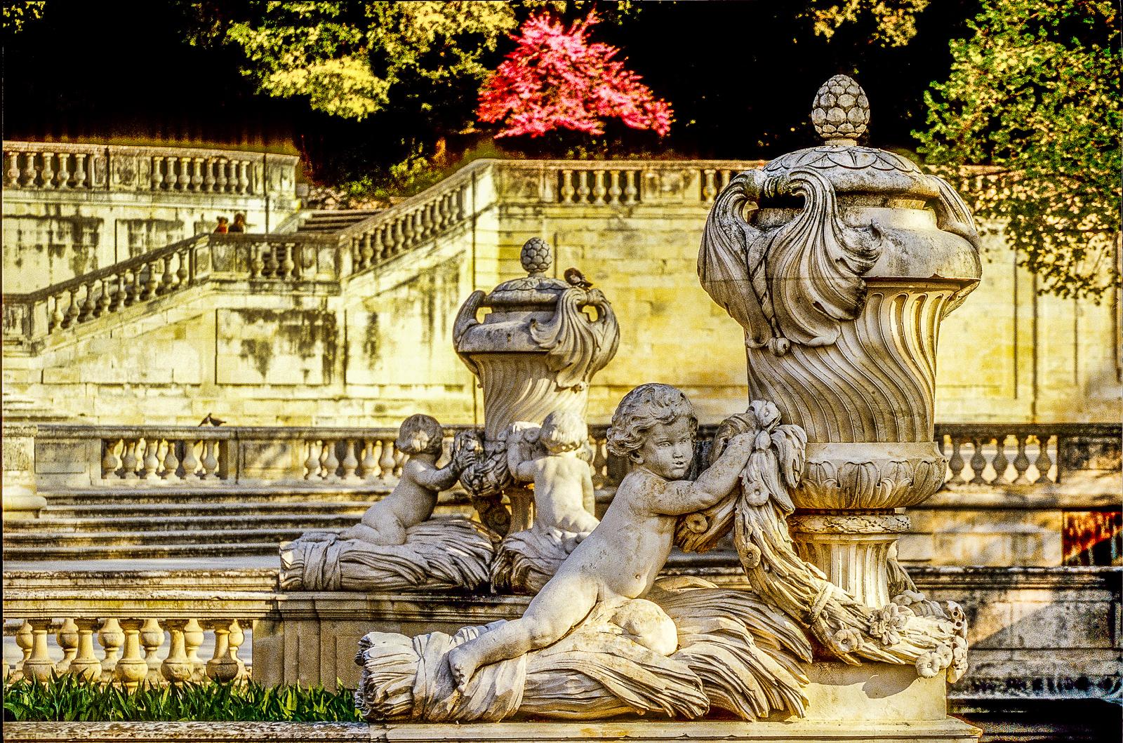Nîmes_-_Jardins_de_la_Fontaine_(31)