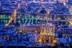 Lyon - Primatiale Saint Jean - Sous la N