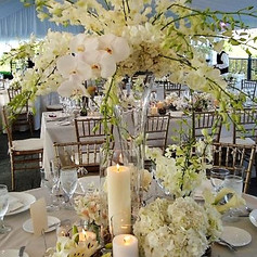 white wedding flowers (2).jpg