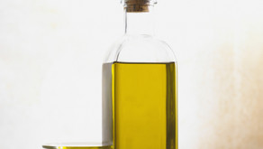 Super Oils for Calming Rosacea and Eczema