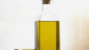 Les bains d'huiles et les masques pour les cheveux