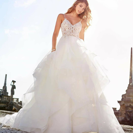 Don't you just love how ballgowns are making a comeback?