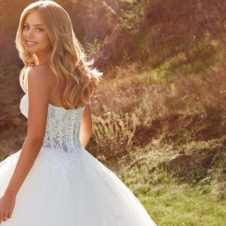 The Wedding Dress You Should Wear In 2021 Based On Your Zodiac Sign