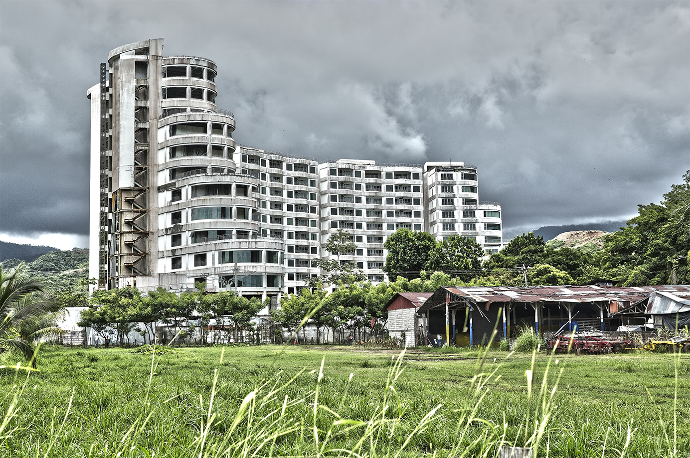 Jaco Beach abandoned high-rise