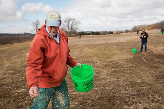 DALC Erickson Prairie Seeding _MG_5258.j