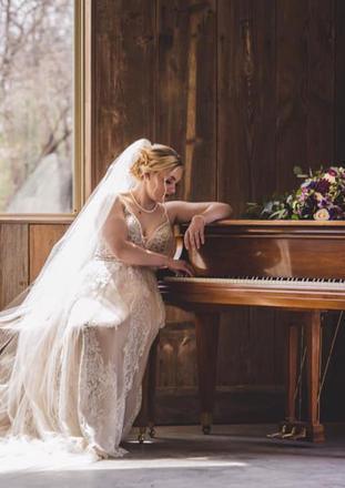 Bride at the piano.jpg