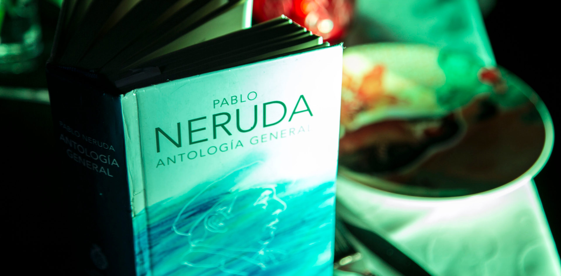 A la mesa con Neruda