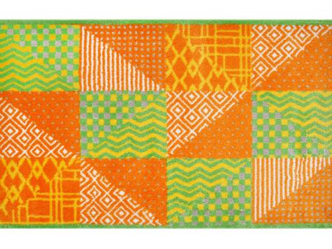 Wohnung frühlingsfit machen, frühlingshaft dekorieren. Teppiche für den Frühling.