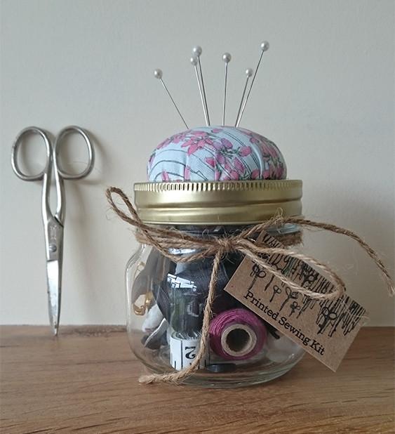 Bell Heather Stripe Sewing Kit