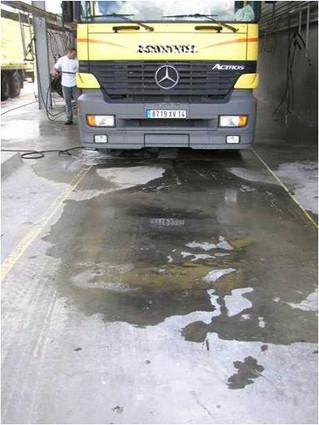 manchas de aceite en pavimentos ?????
