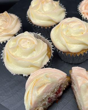 Strawberry & Prosecco Cheesecake Cupcake